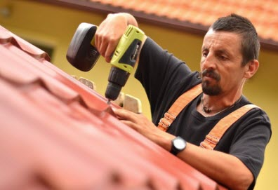 Roofer Falls Down In Pulling Off Workers Comp Premium Ruse